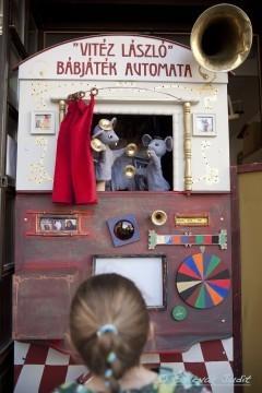 Vitéz László bábjáték-automata